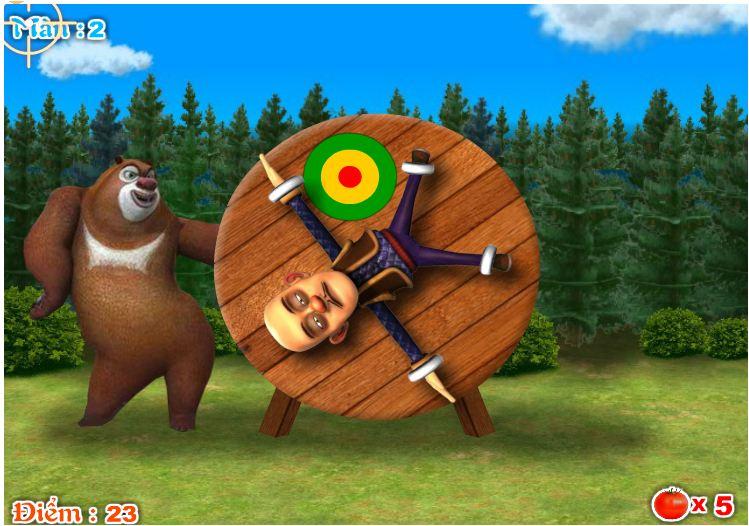 chơi game gấu mập diễn trò